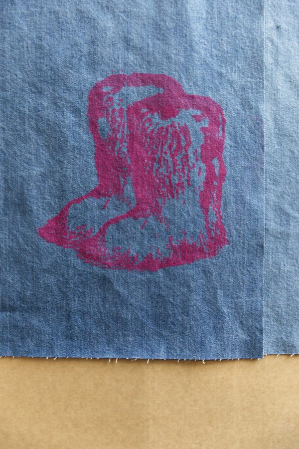 chanel-yeti-boots-pink-edition-sylvie-fleury-lithograph-jean-jrp-editions-detail-artprint-contemporary-art